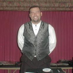DJ-Chuck-Hren